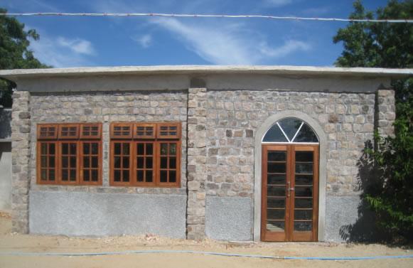 Bürogebäude der Schule