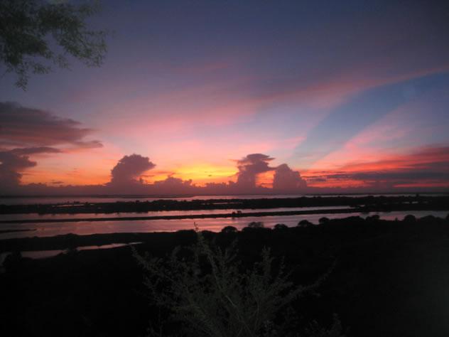 Ein Anblick den man nie vergisst, ein Sonnenuntergang über dem Ayeyarwaddy